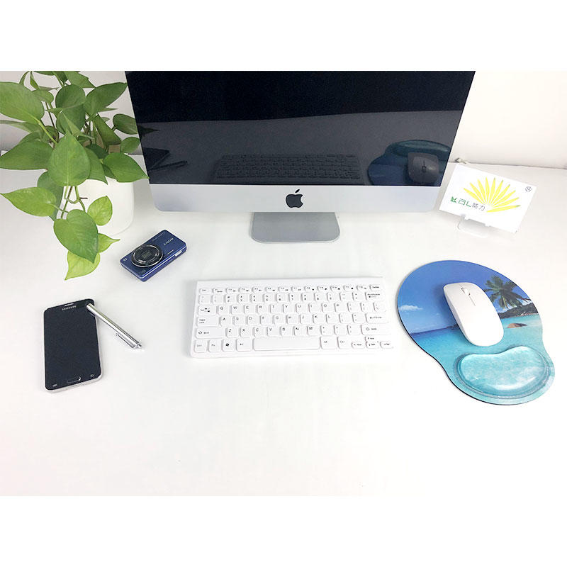Non Slip Mouse Pad With Jelly Wrist Rest , Ergonomic Mouse Pad Mat with Wrist Support for summer Office use