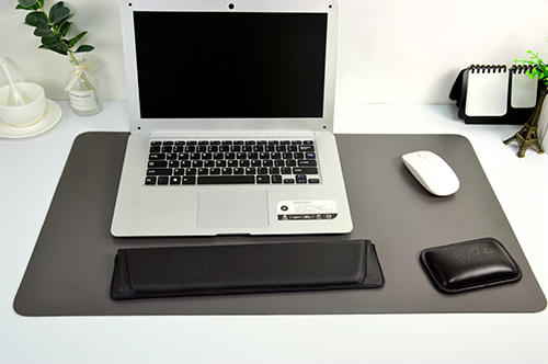 New arrival custom large size pu leather desk computer mouse pad, folded table mat wholesale price in china